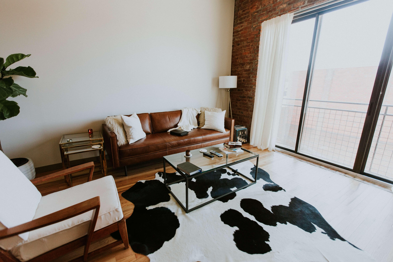 Retro indretning med brunt læder