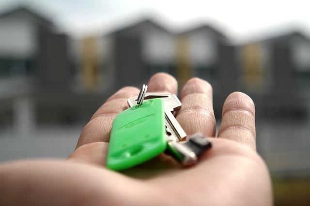 Danske kommuner satser på elektronisk lås til hoveddøren