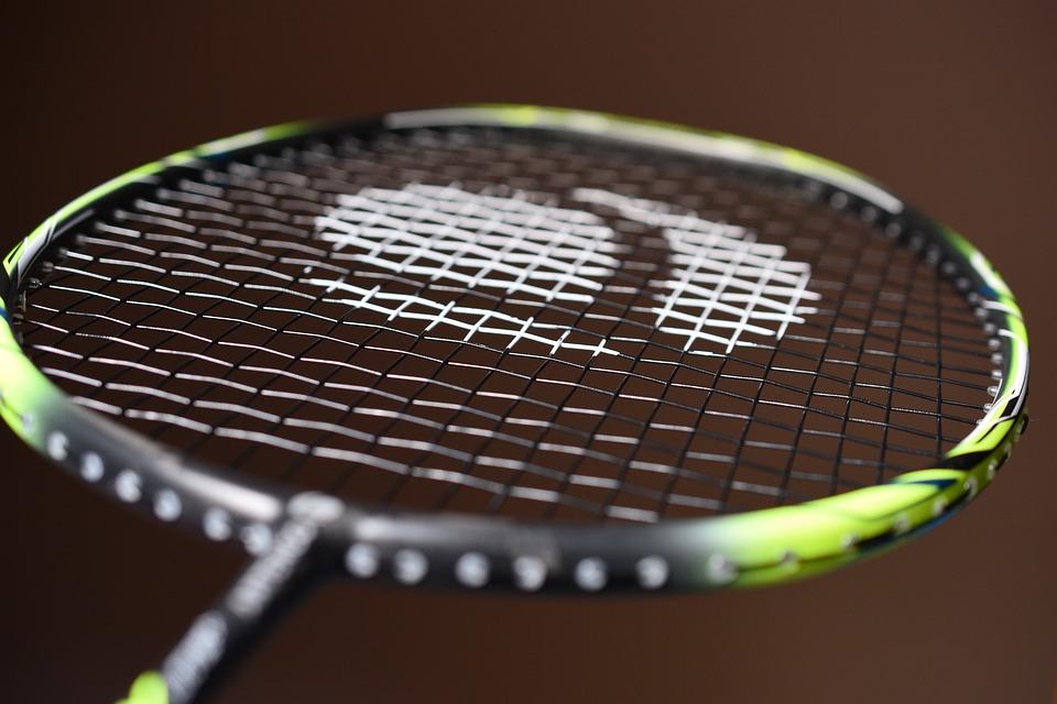 Bliv en bedre badmintonspiller med det rigtige udstyr